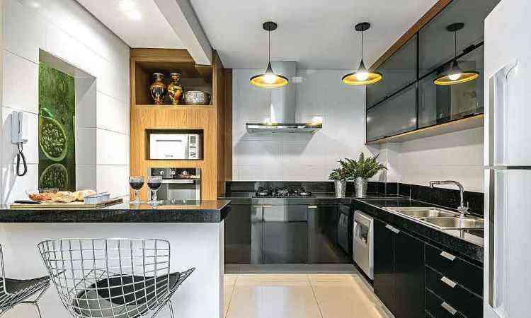 Cozinha americana é o estilo mais indicado para aproveitar espaços reduzidos  - Daniel Mansur/Divulgação