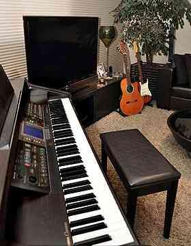 O piano funciona bem se os donos da casa gostam de música clássica ou rock'n'roll - Eduardo Almeida/RA Studio