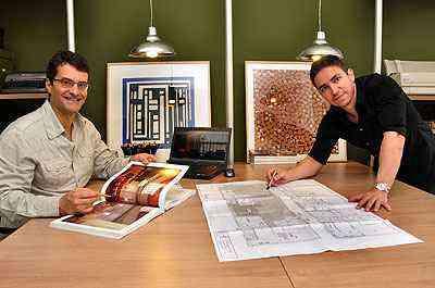 Para os arquitetos Celeno Ivanovo e Luiz Henrique Ribeiro, as cores tornam os espaços mais agradáveis - Eduardo de Almeida/RA Studio