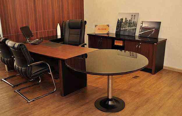 Seja na empresa ou dentro de casa, pensar na ergpnomia dos móveis para escritório é muito importante - Eduardo de Almeida/RA Studio