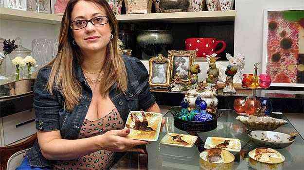 A arquiteta Letícia Dias diz que está mais fácil e barato comprar esses mimos - Eduardo Almeida/RA Studio