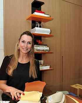 A designer de interiores Cícera Gontijo diz que o tecido é atemporal e sempre dá elegância ao ambiente - Eduardo de Almeida/RA Studio