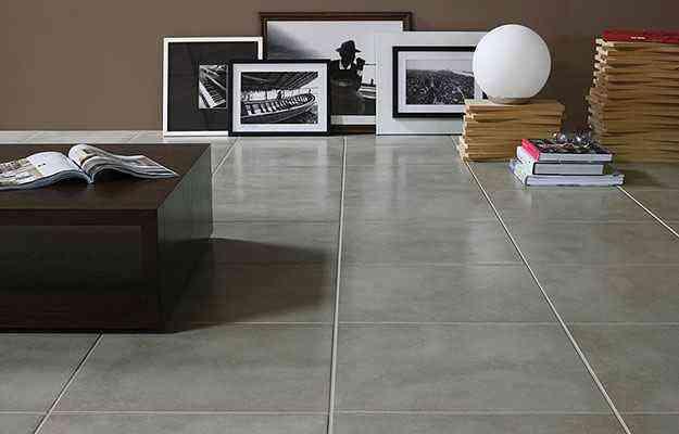 O piso London Concret da Portobello une o conceito minimalista com a praticidade do porcelanato - D&D Home Center/Divulgação