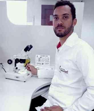 O biólogo José Junio Silva, responsável técnico da Insetan, alerta que temperatura alta e umidade atraem ainda mais insetos - Insetan/Divulgação