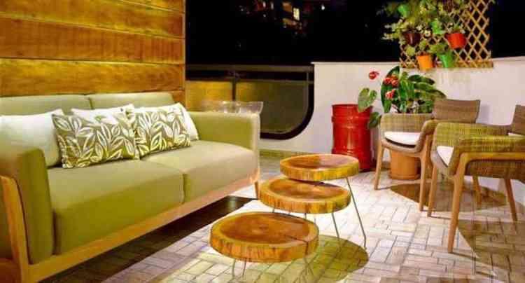 A varanda de estar projetada por Beatriz Teixeira oferece, sobretudo, graça e aconchego - Beatriz Teixeira/Divulgação