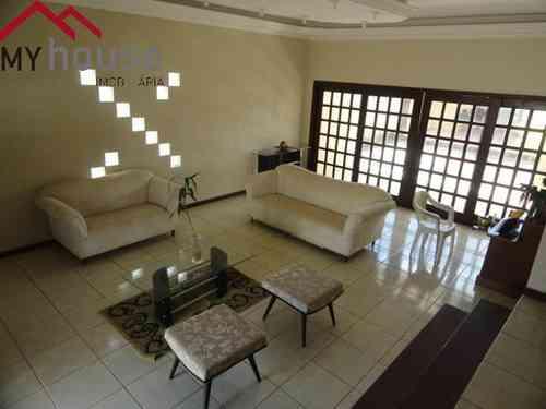 Casa em Condomínio, 3 Quartos, 4 Vagas, 1 Suite