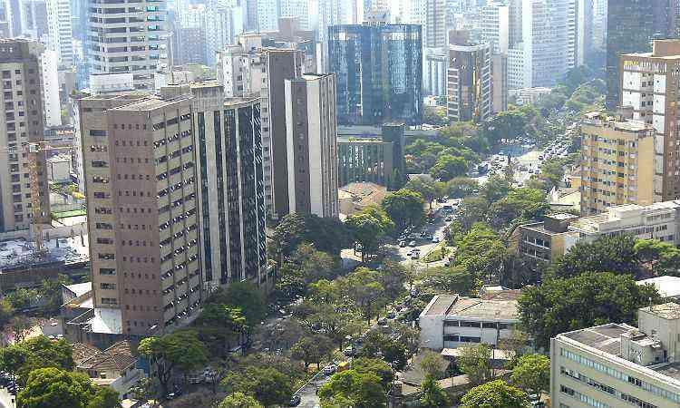 Funcionários: prédios de alto padrão, ruas arborizadas e excelente localização - Gladyston Rodrigues/EM/D.A Press-1/7/14