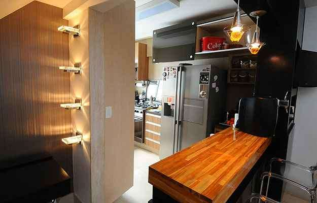 A cozinha foi totalmente refeita para se integrar à sala - Euler Junior/EM/D.A Press