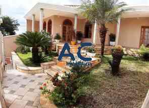 Casa, 4 Quartos, 5 Vagas, 1 Suite para alugar em Castelo Moura, Castelo, Belo Horizonte, MG valor de R$ 8.000,00 no Lugar Certo