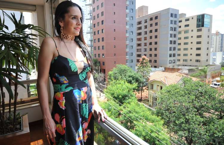 A médica Luciana Fernandes nasceu e ainda mora no bairro: