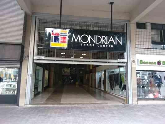 ENTRADA EDIFICIO MONDRIAN