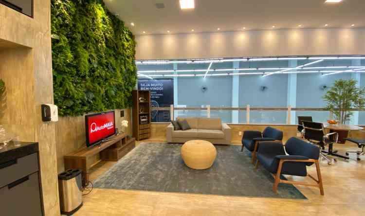 Lounge de convivência: jardim vertical para acolher - Divulgação