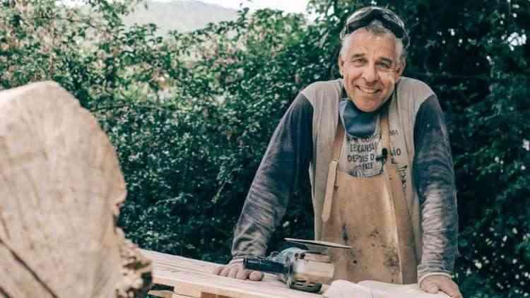 O dentista mineiro Luiz Leite Vieira se descobriu artesão autodidata e se dedica às atividades nos fins de semana - Cecília Arbolave/Divulgação