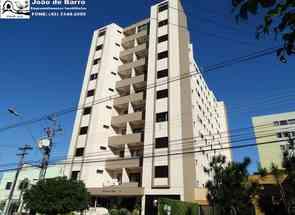 Apartamento, 2 Quartos, 1 Vaga para alugar em Rua Senador Souza Naves, Centro, Londrina, PR valor de R$ 660,00 no Lugar Certo