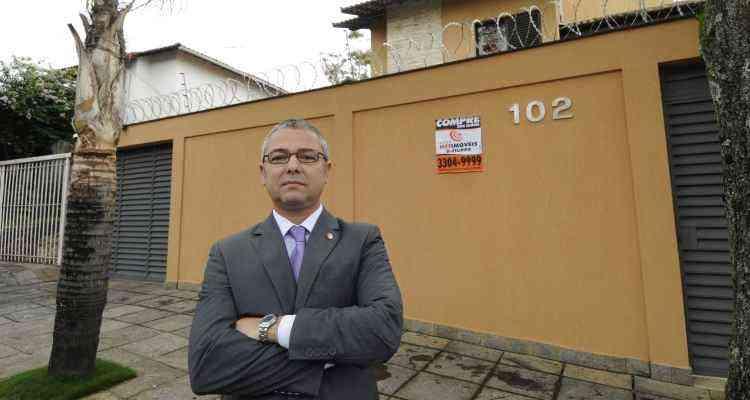 José De Filippo Neto, diretor da Rede Netimóveis, diz que as oportunidades são grandes para adquirir um imóvel - Jair Amaral/EM/D.A Press - 27/11/14
