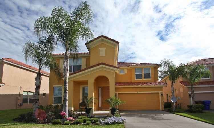 Fachada de casa em Kissimmee, a dez minutos da Disney, em Orlando, Flórida - Temporada em Orlando/Divulgação