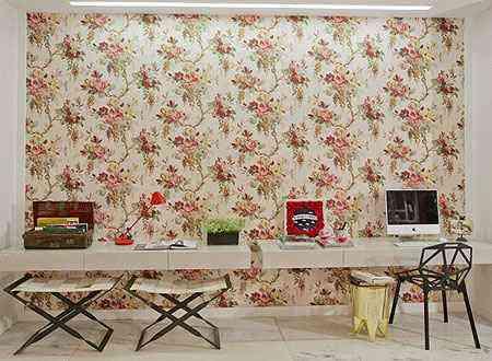 Ambiente da arquiteta Marcela Passamani para a mostra Casa Cor Brasília 2012. O painel em tecido aparece como um dos destaques do espaço  - Clausem Bonifácio/Divulgação
