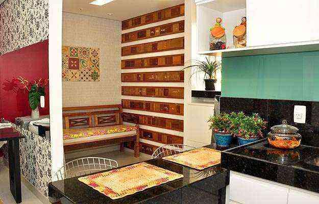 Normalmente construídos perto da área de serviço ou da cozinha, os quartos para empregados podem ser transformados em locais de convivência para os moradores - Eduardo de Almeida/RA Studio
