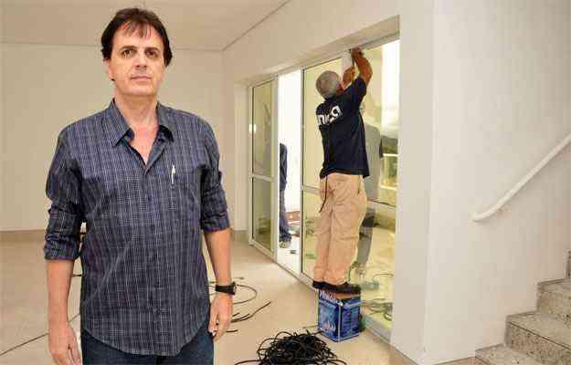 O engenheiro civil Kleber José Berlando, diretor do Ibape-MG, diz que nas vistorias dos edifícios é preciso anotar no laudo da perícia todas as possíveis anomalias e falhas da construção - Eduardo Almeida/RA Studio