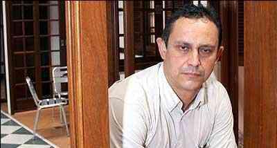 Marcos César, gerente da Madepal, afirma que o mercado oferece bons produtos fabricados a partir de madeiras como itaúba, sucupira e ipê. - Glaydston Rodrigues/Produtora SE7