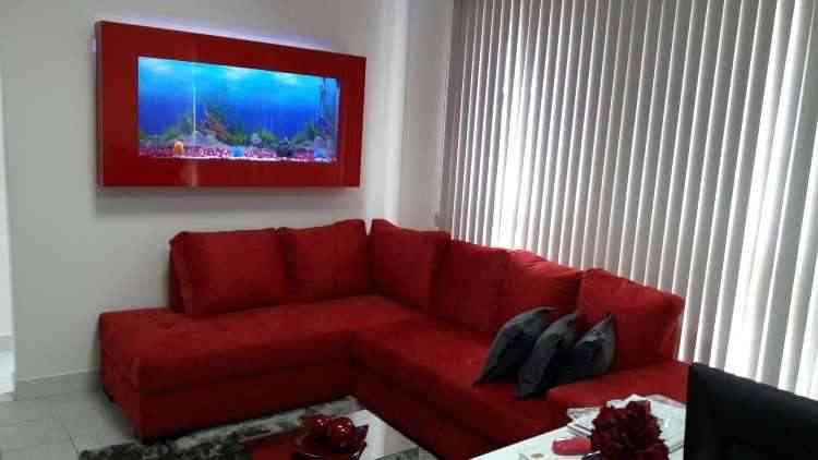 Aquário de parede tem um efeito relaxante e contribui para momentos de descanso em casa  - Gustavo Andrade/Divulgação