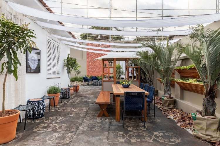 Café: Mirelli Medeiros, Helga Freitas Pompeu e Maura Kupidlowsky  - Ivan Araújo/Fotografia de Arquitetura/Divulgação