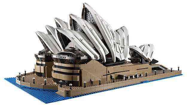 A casa da Ópera de Sydney faz parte dos monumentos que compõem a linha de produtos que vem despertando o hábito de montar em diversos arquitetos  - Lego/Divulgação