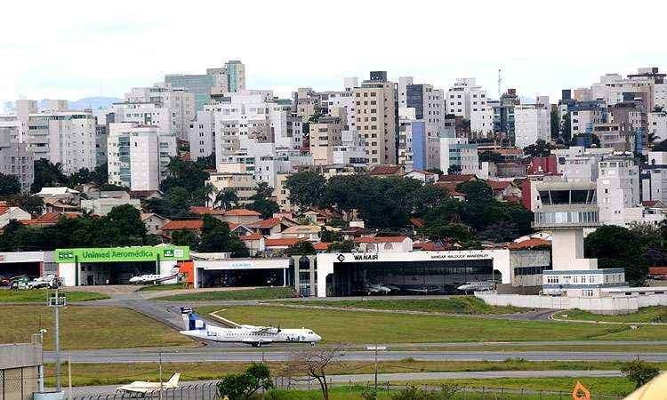 A proximidade com o aeroporto da Pampulha contribuiu para que várias empresas se fixassem no local - Beto Novaes/EM/D.A Press