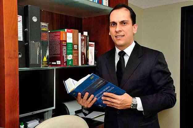 Advogado Ricardo Cunningham diz que a Justiça tende a ser bem-sucedida  nos casos em que a convenção do condomínio é contra repúblicas - Eduardo Almeida/RA Studio - 23/8/11