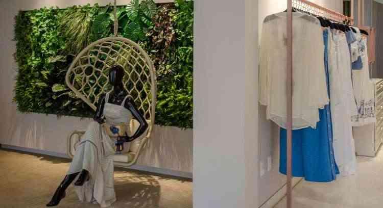 Um painel gigante de folhagens proporciona mais aconchego ao espaço comercial - Paula Brant/Divulgação