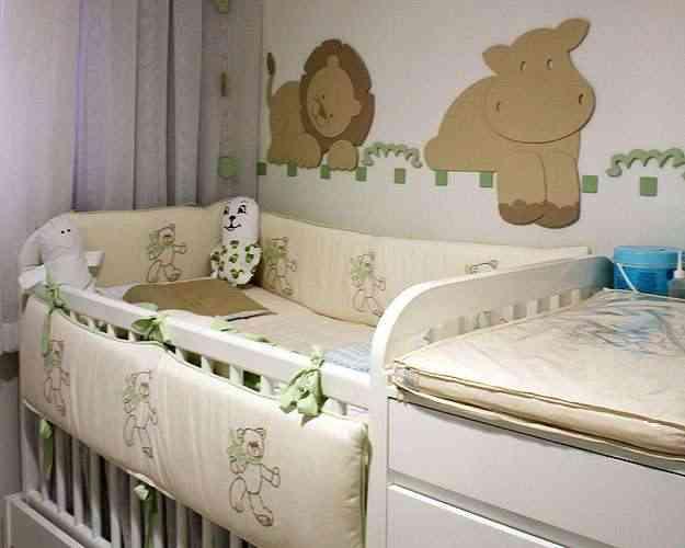 No quarto com tema safári, projetado pela designer de interiores Sheila Mundim, o berço depois vira bicama para receber os amiguinhos - Catherine Uxa/Divulgação