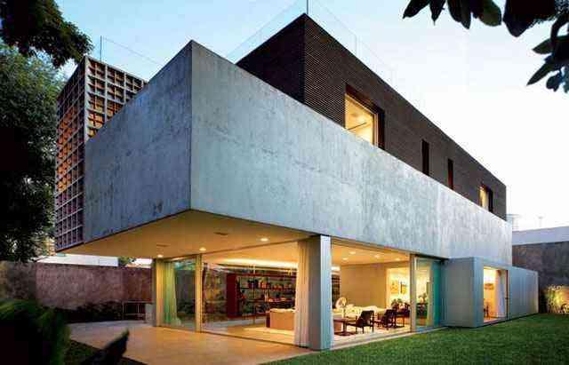 Casa Sumaré (SP) possui concreto aparente e setorização sinalizada em blocos de diferentes materiais - Reprodução internet/lauraboechat