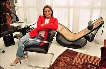 Ângela Roldão diz que cada vez mais as pessoas têm preferido passar o tempo livre em casa - Eduardo Almeida/RA Studio