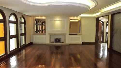 Casa, 4 Quartos, 10 Vagas, 4 Suites