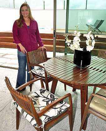 A arquiteta Renata Basques diz que há procura por peças ecologicamente corretas - EDUARDO ALMEIDA/RA STUDIO