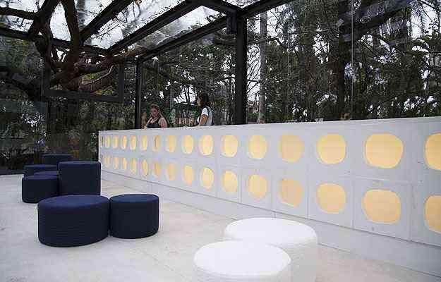 Uma grande caixa de aço e vidro recepciona os visitantes, na Bilheteria - Thiago Ventura/EM/D.A Press