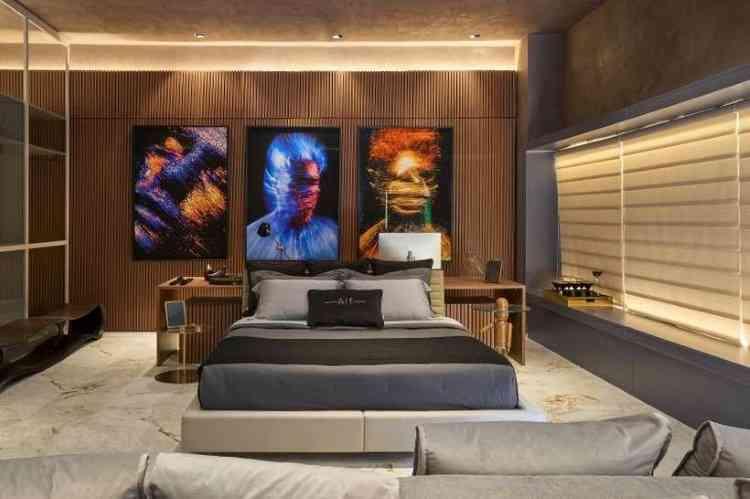 No quarto projetado pela Alf Arquitetura, os quadros finalizam a composição moderna. As cores se destacam na paleta neutra do ambiente  - Jomar Bragança/Divulgação
