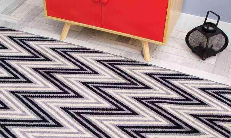 Ao comprar um tapete, é importante prestar atenção no material, tamanho e textura - Oppa/Divulgação