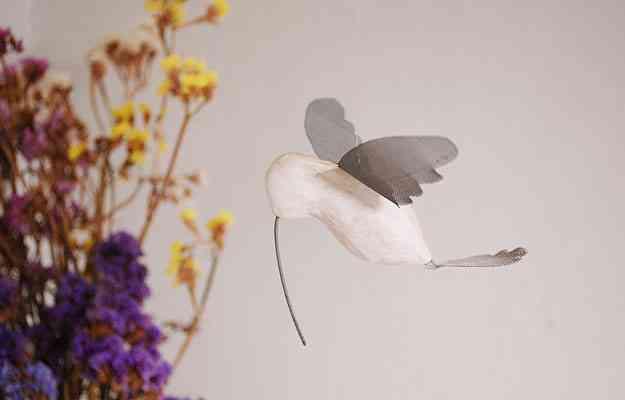 O beija-flor é uma das espécies mais retratadas. Na loja no Santa Tereza, eles também estão presentes - Carlos Altman/EM/D.A Press