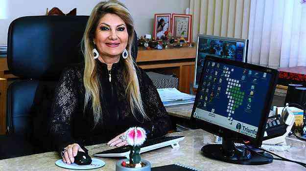 Diretora da Triunfo Corretora e Administradora de Seguros, Carmen Ribeiro lembra que o cliente ainda concorre a prêmios todos os meses - Euller Júnior/EM/D.A Press