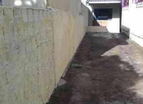 Casa, 1 Quarto, 1 Vaga para alugar em Rua Pedra Verde, Ideal, Londrina, PR valor de R$ 500,00 no Lugar Certo