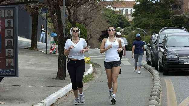 Avenida Bandeirantes, no Mangabeiras - Cristina Horta/EM/D.A Press