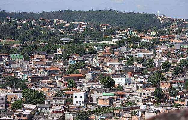 Bairro surgiu na década de 1980 para abrigar moradores retirados de áreas de risco de todo o município. Hoje, expansão é recorde - Edésio Ferreira/EM/D.A Press