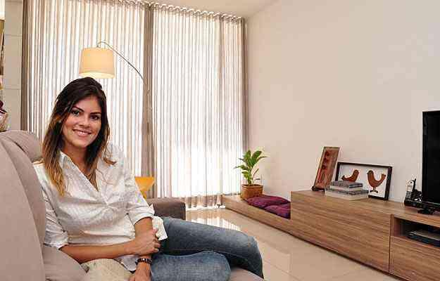 A designer de ambientes Talita Ferraz diz que o excesso de simetria em projetos de decoração pode resultar em rigidez e até mesmo monotonia dentro de casa - Eduardo Almeida/RA Studio