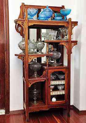 Mesclar estilos e objetos nos móveis dão charme a peças que estavam esquecidas - Eduardo Almeida/RA Studio
