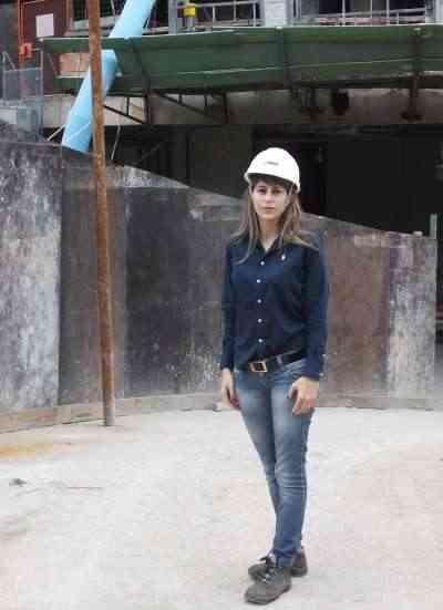 A gerente da Lafaete Gestão Ambiental, Ester Silva, diz que a empresa tem programa que adequa canteiro para atender às normas ambientais vigentes  - Bernardo Baeta Barreiros/Divulgação
