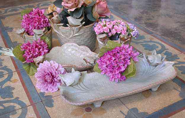 Objetos que remetem a pássaros podem ser usados em vários tipos de decoração. Na foto, produtos da Aluízio Casa - Carlos Altman/EM/D.A Press