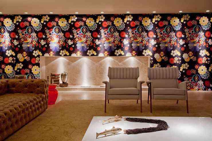 A arquiteta Walléria Teixeira explica que não é necessário que o cômodo fique no estilo mexicano para fazer uma decoração inspirada em Frida Kahlo. Pequenos detalhes podem ser utilizados para trazer a lembrança da artista e deixar seu cômodo cheio de estilo - Projeto Walléria Teixeira / Divulgação