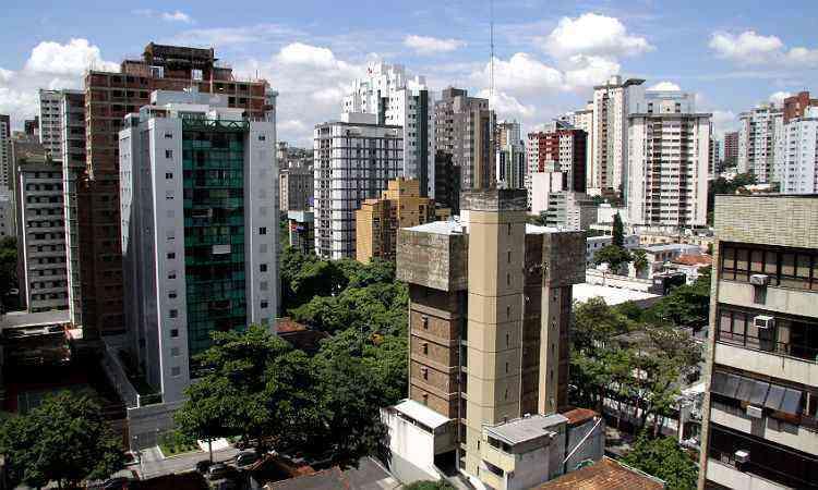 Tradicional, Lourdes é das vizinhanças mais procuradas pela classe A de BH - Gladyston Rodrigues/EM/D.A Press-22/12/09