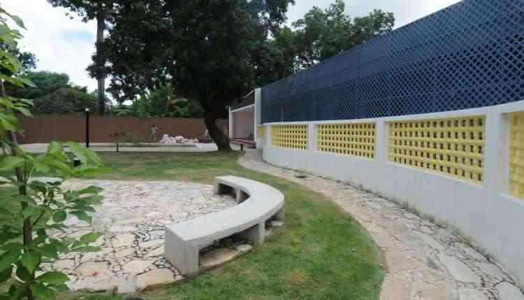 Casa Juscelino Kubitschek, na Pampulha: o muro de cobogó faz composição incrível com a treliça de aço - Cristina Horta/EM/D.A Press